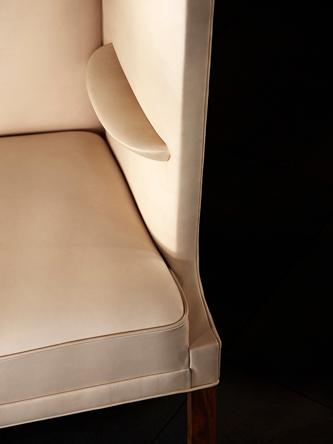 news thumb chs coupe sofa design frits henningsen 8 news thumb chs coupe sofa design frits henningsen 5