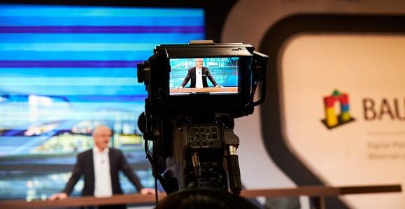 News_big_bau_pr_2021_01_studio-kamera1