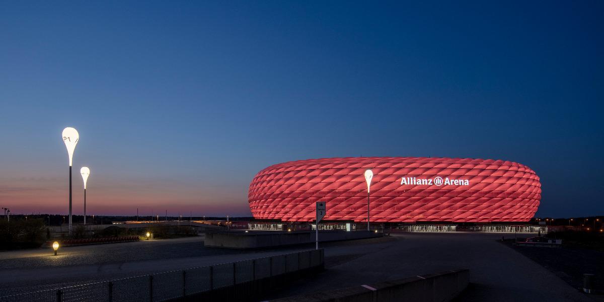 News_huge_zumtobel_allianz_arena_esplanade_lights_2021_010