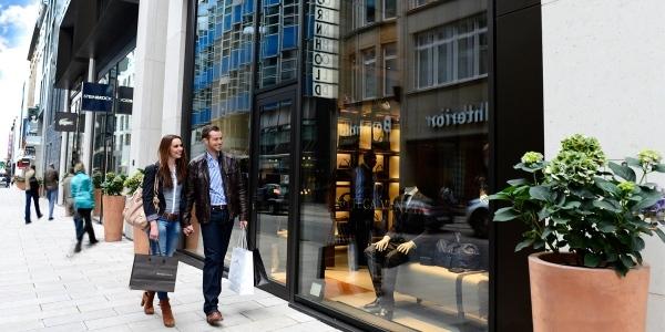 Einzelhändler mieten 2013 fast eine halbe Million Quadratmeter in Deutschlands Einkaufsmeilen