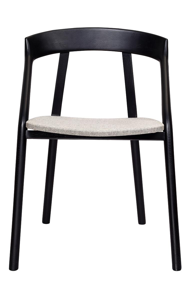 Yi-chair-black