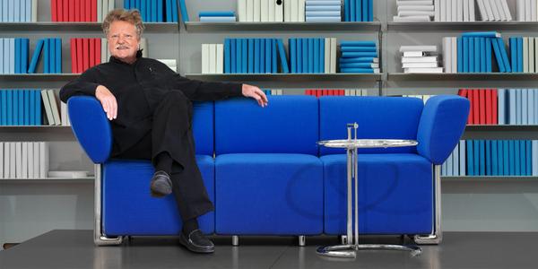 Wer hat eigentlich das ?Blaue Sofa? entworfen?