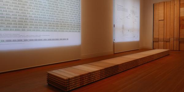 """Egger unterstützte Studenten bei zwei Exponaten zum Thema Holzbau in der Ausstellung """"Bauen mit Holz – Wege in die Zukunft"""", die von 20. Oktober 2016 bis 15. Januar 2017 in Berlin stattfand."""