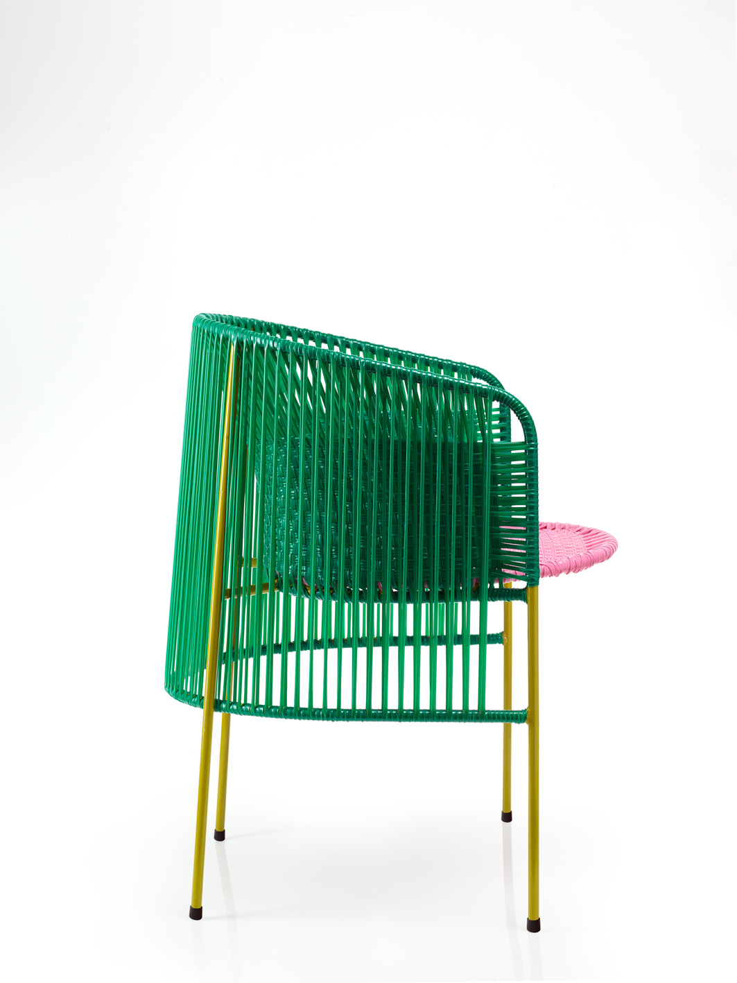 Ames-sala_caribe_chair_2_photo-andresvalbuena