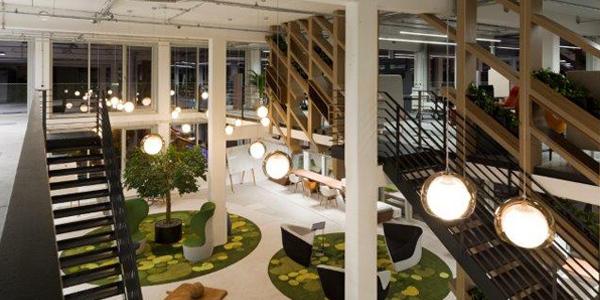 'Global Digital Factory' für die Allianz Group: Berater und Architekten von Conceptsued kreierten auf dem Münchner Hightech-Gelände Werksviertel einen Hub für Digital-Experten aus der ganzen Welt. Foto: Eva Jünger/Conceptsued