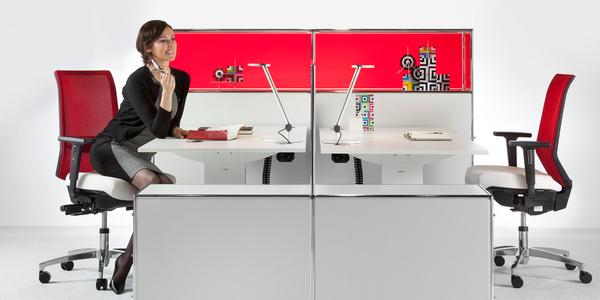 Nominiert für den German Brand Award 2017: die Dauphin HumanDesign Group und Bosse Design, mit deren Möbeln dieses Office ganzheitlich gestaltet wurde.