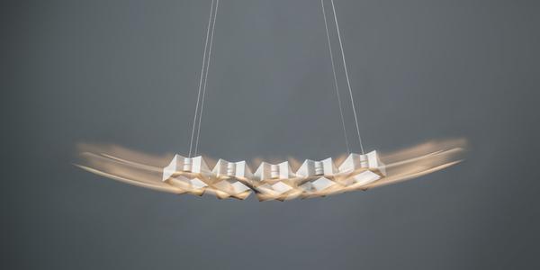 Die Leuchte 'X Moove' kommt fertigt aus dem 3D-Drucker.