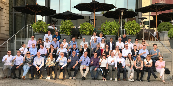 Viel positives Feedback: Mehr als 40 Händler aus 16 Ländern trafen sich zum 4. European Dealer Council des Büromöbelherstellers Haworth in Frankfurt.