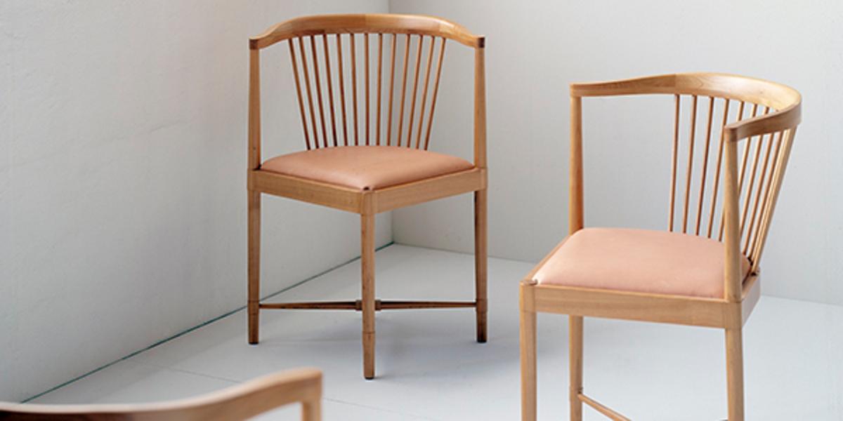 News_huge_king-of-diamonds-chair