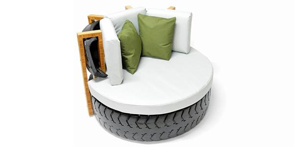 News_big_outdoor-lounge-chair